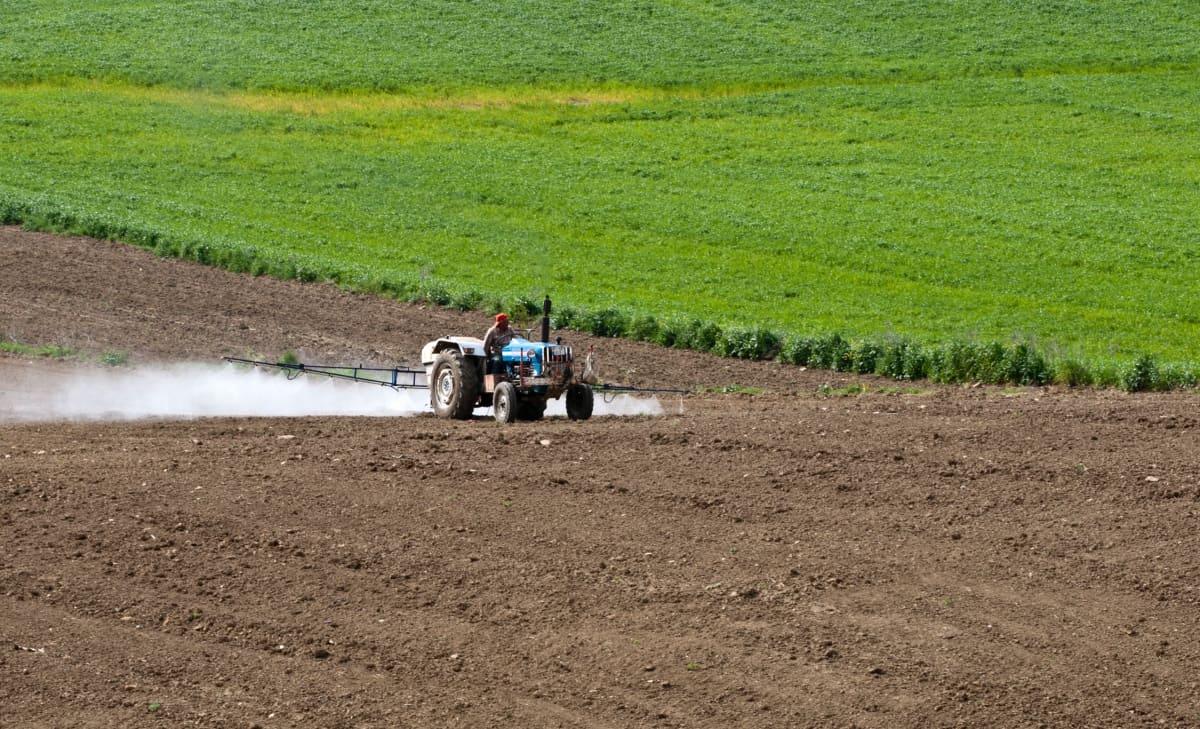 resistência a defensivos agrícolas