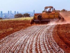 Fazenda tem R$ 70 mil com economia de calcário