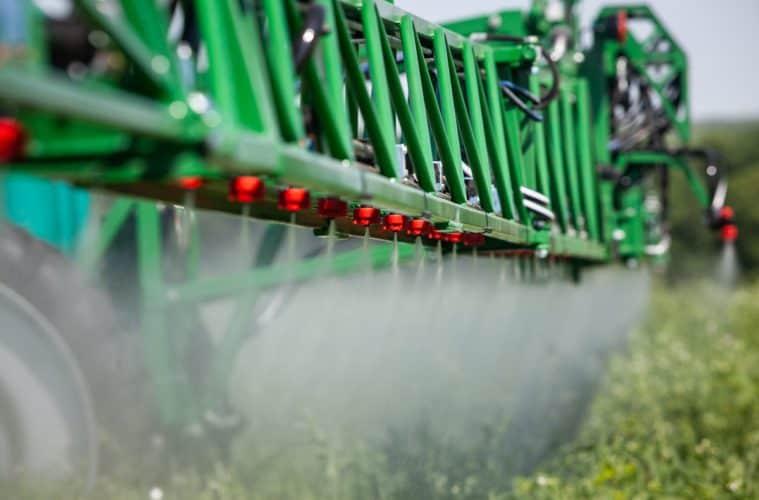 limpeza de pulverizador agrícola