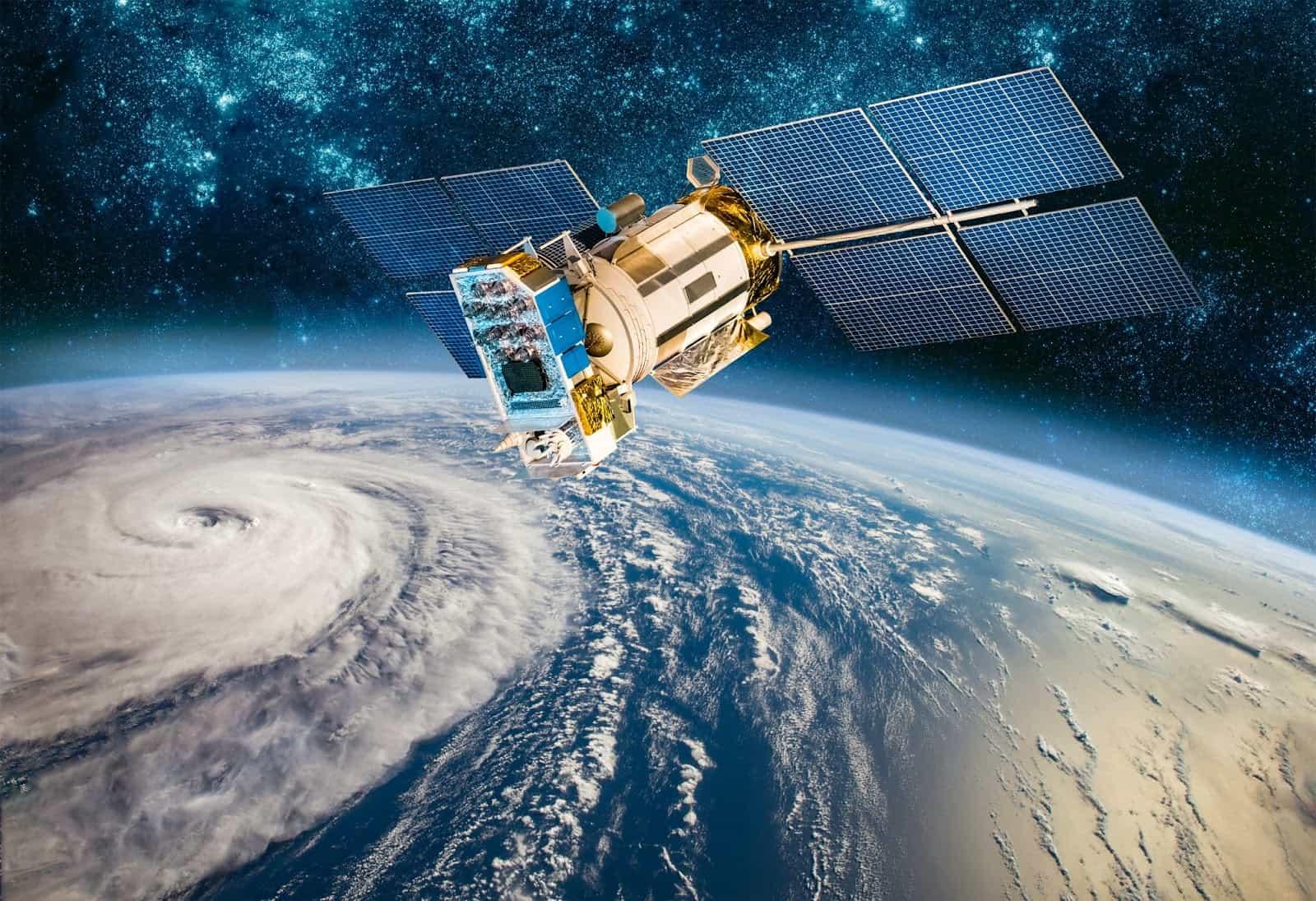 foto de um satélite visto do espaço - Imagens de satélite permitem melhor gestão e acompanhamento da lavoura